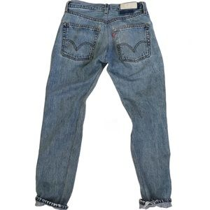 Re/Dun Vintage Levis Mid Rise One-Of-A-Kind Jeans